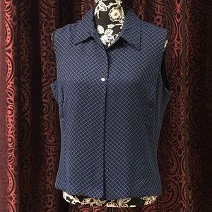 Lovely sleeveless blouse